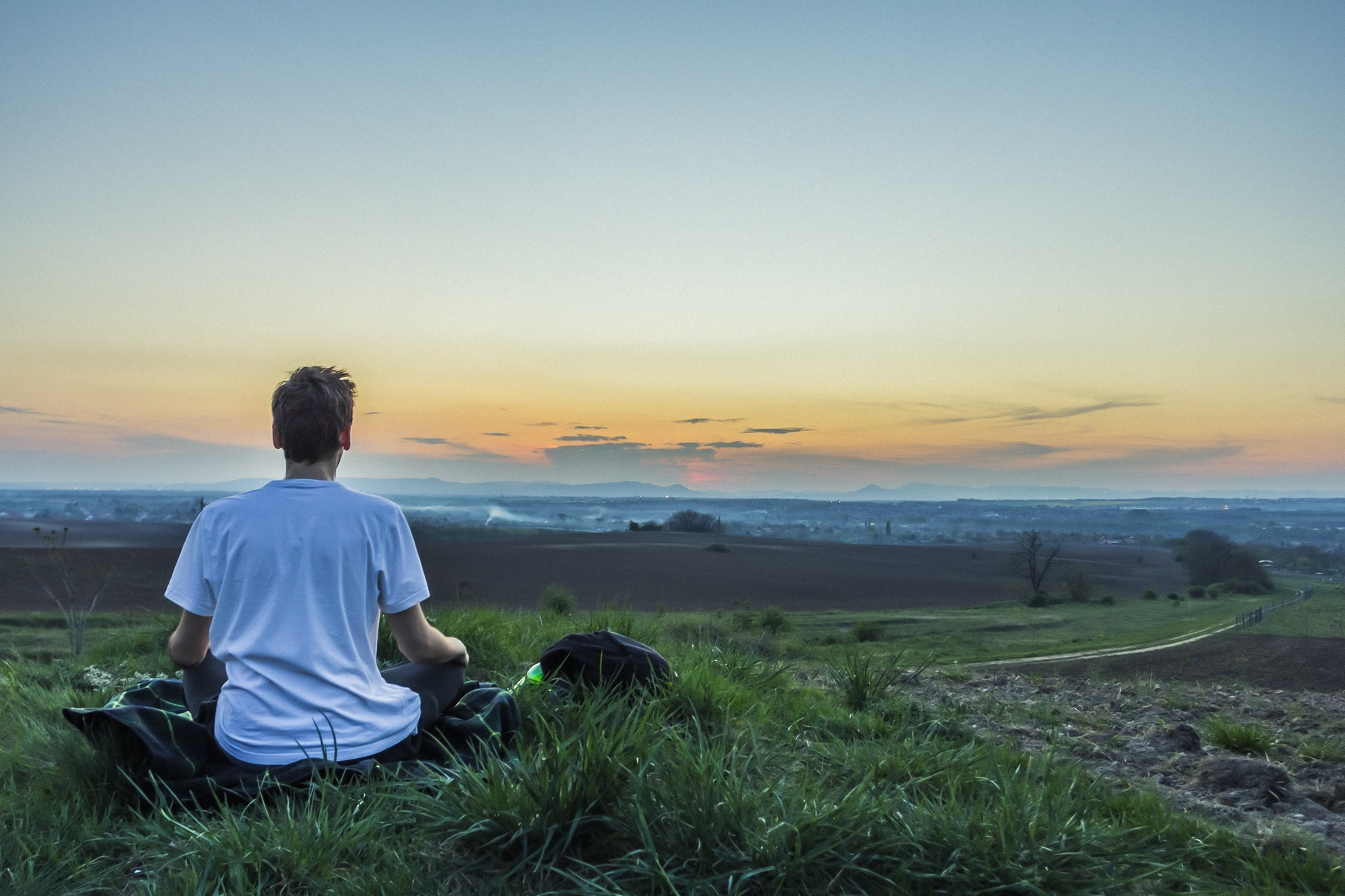 meditace - člověk v přírodě - člověk a příroda
