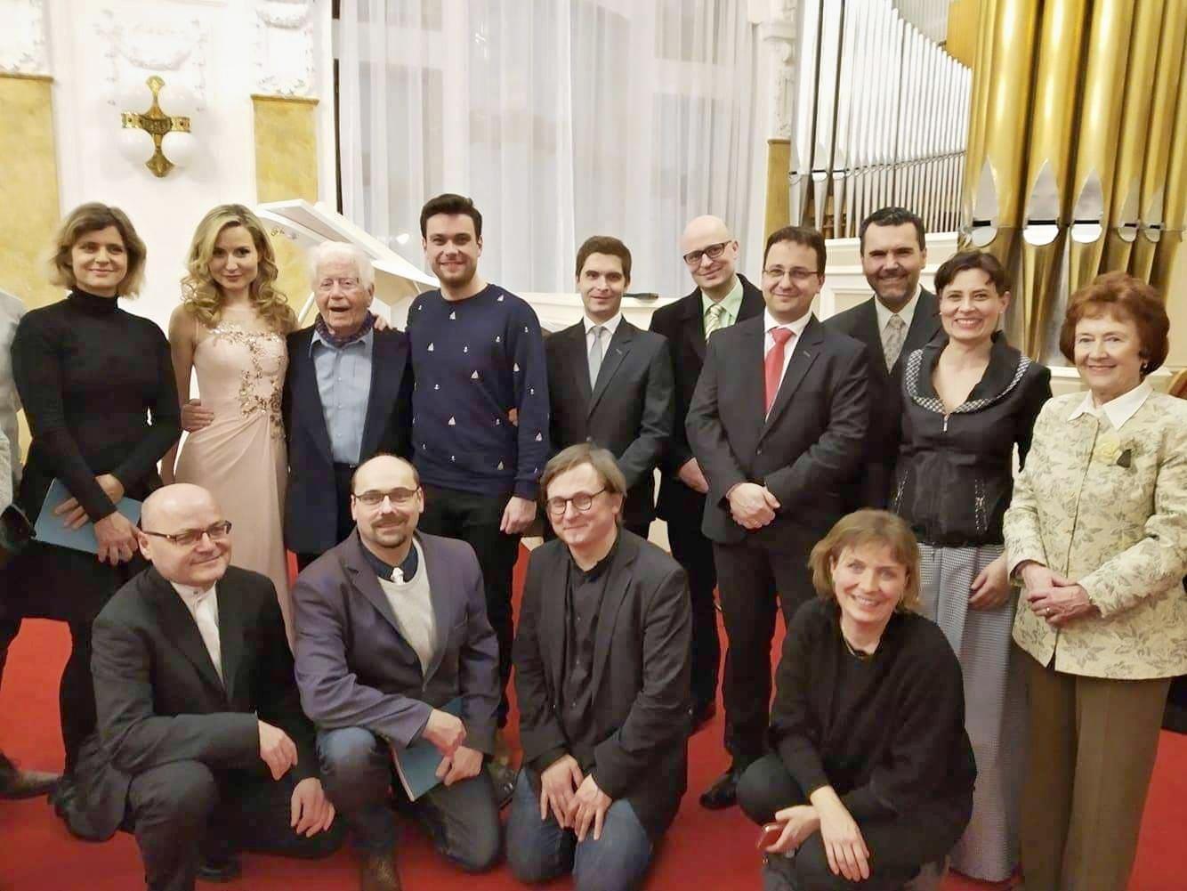 Gratulacni koncert. Profesor Zdeněk Gola a jeho žáci