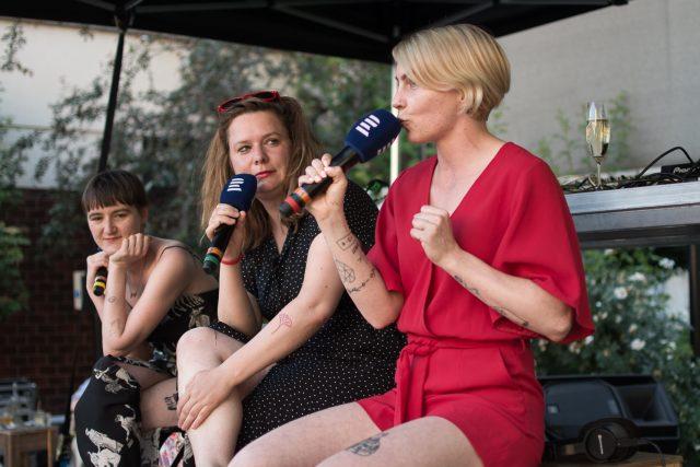 Pořad Radia Wave Buchty vysílal live v Kasárnách Karlín